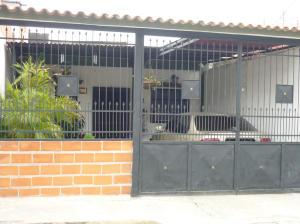Casa En Venta En Puerto Cabello, Rancho Grande, Venezuela, VE RAH: 14-12413