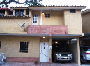 Townhouse En Venta En Municipio Naguanagua, La Entrada, Venezuela, VE RAH: 14-12391