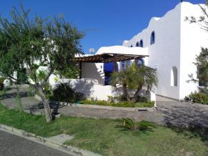 Casa En Venta En Higuerote, Puerto Encantado, Venezuela, VE RAH: 14-12561