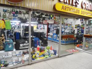 Negocio o Empresa En Venta En Caracas - Los Chaguaramos Código FLEX: 14-12613 No.1