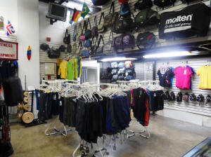 Negocio o Empresa En Venta En Caracas - Los Chaguaramos Código FLEX: 14-12613 No.2