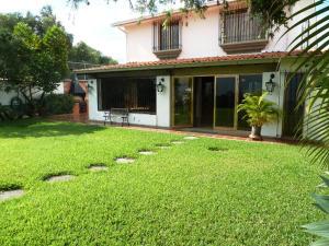 Casa En Venta En Caracas, Santa Paula, Venezuela, VE RAH: 14-12707