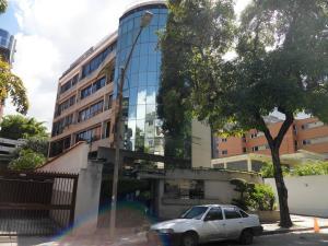 Apartamento En Venta En Caracas, Los Naranjos De Las Mercedes, Venezuela, VE RAH: 14-12724