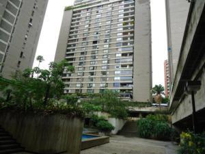 Apartamento En Venta En Caracas, Prado Humboldt, Venezuela, VE RAH: 14-12797