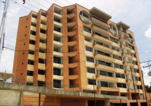 Apartamento En Venta En Valencia, Agua Blanca, Venezuela, VE RAH: 14-12812