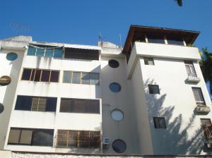 Apartamento En Venta En Valencia, La Viña, Venezuela, VE RAH: 14-13012