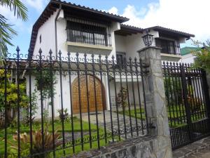 Casa En Venta En Caracas, Lomas De La Lagunita, Venezuela, VE RAH: 14-12905