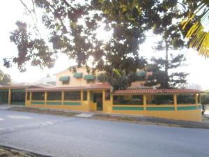 Casa En Venta En Valencia, La Trigaleña, Venezuela, VE RAH: 14-12942