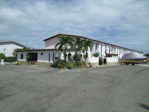 Townhouse En Venta En Higuerote, Puerto Encantado, Venezuela, VE RAH: 15-1297