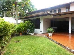 Casa En Venta En Caracas, Lomas De La Trinidad, Venezuela, VE RAH: 14-13333