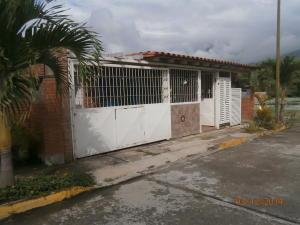 Casa En Venta En Guatire, El Castillejo, Venezuela, VE RAH: 14-13241