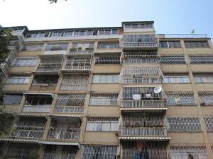 Apartamento En Venta En Caracas, Vista Alegre, Venezuela, VE RAH: 14-13300