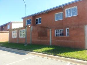 Apartamento En Venta En Higuerote, Conjunto Residencial Costa Grande Ii, Venezuela, VE RAH: 14-12840