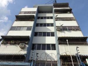 Apartamento En Venta En Caracas, El Recreo, Venezuela, VE RAH: 14-13340