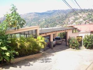 Casa En Venta En Caracas, La Union, Venezuela, VE RAH: 14-13400