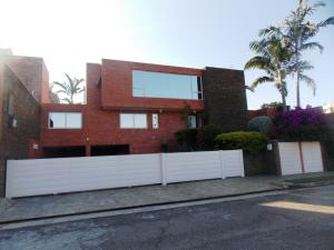 Casa En Venta En Valencia, Altos De Guataparo, Venezuela, VE RAH: 14-13525