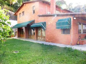 Casa En Venta En Caracas, Santa Paula, Venezuela, VE RAH: 15-73