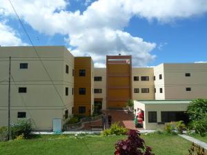 Apartamento En Venta En San Antonio De Los Altos, Las Salias, Venezuela, VE RAH: 15-121