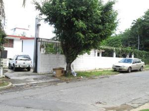 Casa En Venta En Parroquia Caraballeda, Caribe, Venezuela, VE RAH: 15-181