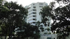 Apartamento En Ventaen Parroquia Caraballeda, Caribe, Venezuela, VE RAH: 15-239
