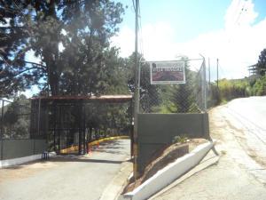 Townhouse En Venta En San Pedro De Los Altos, Villas Trinidad, Venezuela, VE RAH: 15-324