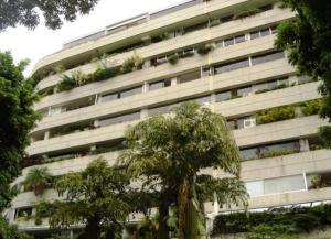 Apartamento En Alquiler En Caracas, Las Mesetas De Santa Rosa De Lima, Venezuela, VE RAH: 15-366