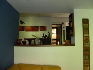 Townhouse En Venta En Caracas En La Boyera - Código: 15-408