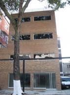 Industrial En Venta En Caracas, Los Chaguaramos, Venezuela, VE RAH: 15-410
