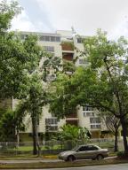 Apartamento En Venta En Caracas, Caurimare, Venezuela, VE RAH: 15-537