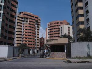 Apartamento En Venta En Municipio Naguanagua, Palma Real, Venezuela, VE RAH: 15-571
