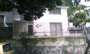 Casa En Venta En Caracas, Colinas De Las Acacias, Venezuela, VE RAH: 15-1638