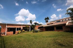 Casa En Venta En Valencia, Altos De Guataparo, Venezuela, VE RAH: 15-682