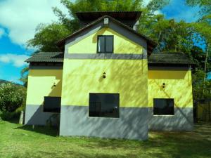 Casa En Venta En Municipio Los Salias, El Amarillo, Venezuela, VE RAH: 15-1569