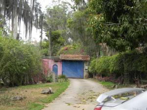 Terreno En Venta En Caracas, Alto Hatillo, Venezuela, VE RAH: 15-1078