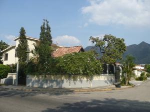 Casa En Venta En Valencia, Trigal Norte, Venezuela, VE RAH: 15-1291