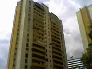 Apartamento En Venta En Caracas, Santa Eduvigis, Venezuela, VE RAH: 15-1425