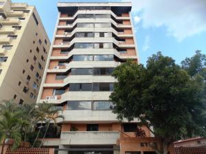 Apartamento En Venta En Valencia, Sabana Larga, Venezuela, VE RAH: 15-1490