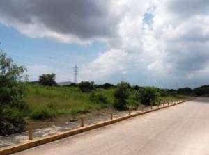 Terreno En Venta En Valencia, Zona Industrial, Venezuela, VE RAH: 15-1590