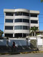 Apartamento En Ventaen Catia La Mar, Playa Grande, Venezuela, VE RAH: 15-1731