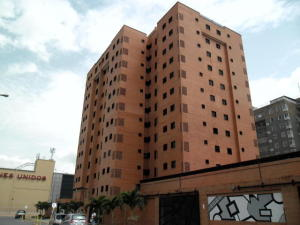Apartamento En Venta En Maracay, Base Aragua, Venezuela, VE RAH: 15-1734