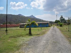 Terreno En Venta En Municipio San Diego, La Josefina I, Venezuela, VE RAH: 15-1842