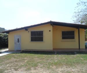 Terreno En Venta En Municipio San Diego, La Cumaca, Venezuela, VE RAH: 15-1854