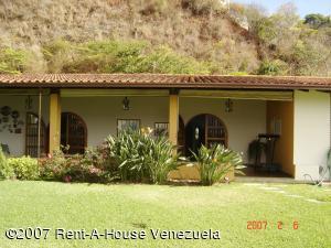 Casa En Venta En Caracas, Colinas Del Tamanaco, Venezuela, VE RAH: 15-1869