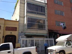 Galpon - Deposito En Venta En Caracas, Catia, Venezuela, VE RAH: 15-2078