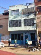 Edificio En Venta En Caracas, Catia, Venezuela, VE RAH: 15-1955