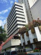 Edificio En Ventaen Caracas, Parroquia La Candelaria, Venezuela, VE RAH: 15-1987