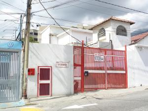Local Comercial En Ventaen Caracas, Montecristo, Venezuela, VE RAH: 15-1989