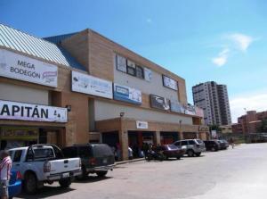 Local Comercial En Venta En Tucacas, Tucacas, Venezuela, VE RAH: 15-2020