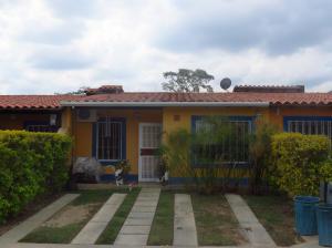 Casa En Venta En Municipio San Diego, Valle De Oro, Venezuela, VE RAH: 15-2177