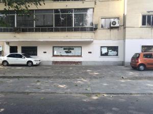 Local Comercial En Venta En Caracas, Las Mercedes, Venezuela, VE RAH: 15-3900